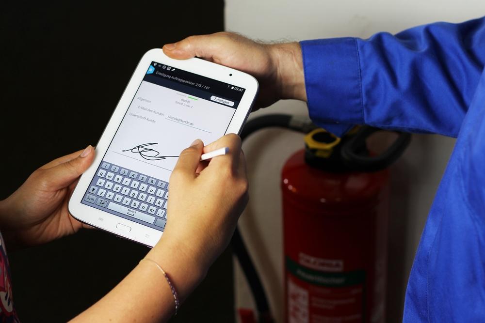 PTSGroup_Smart Work Mobile_Ihre App für mobiles Auftragsmanagement_Kundenunterschrift direkt übermitteln